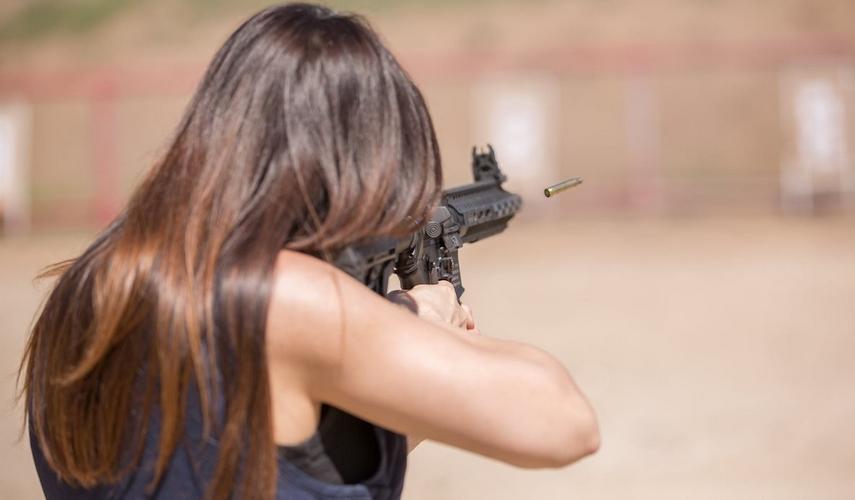 Какое оружие разрешено ЧОПам: виды и особенности