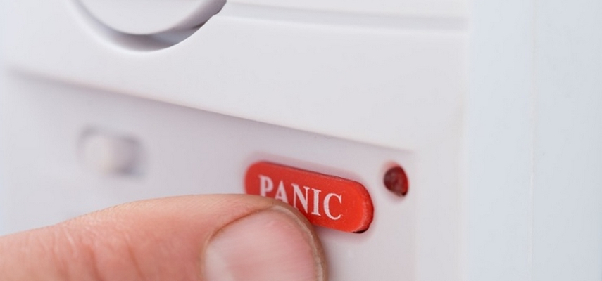 Кнопка тревожной сигнализации для магазинов: виды, монтаж, преимущества