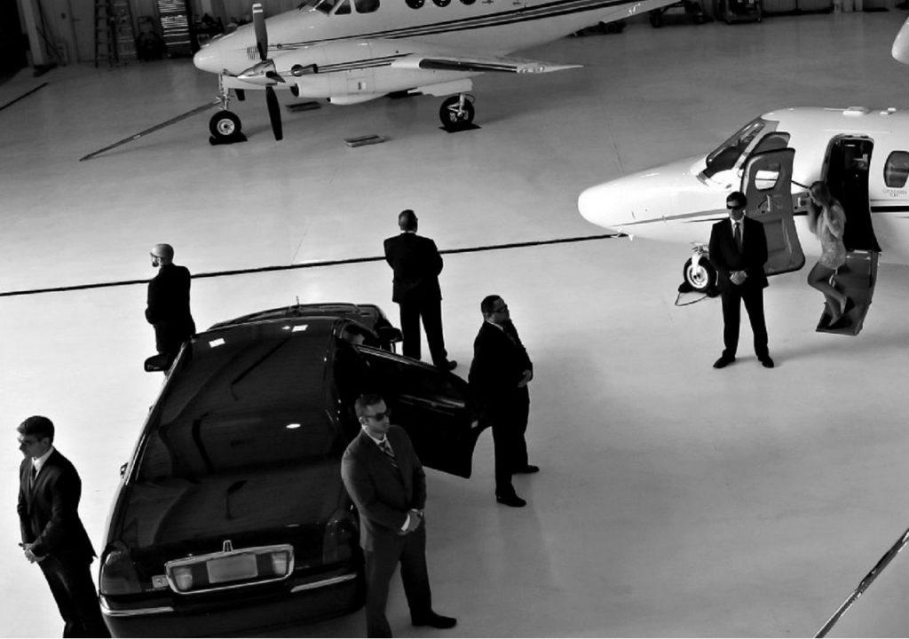 VIP-охрана: подготовка, обязанности и вооружение телохранителей